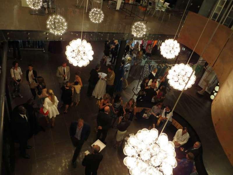 check out 2370c b6e35 Sari Spazio sostiene l'industria della moda russa ...