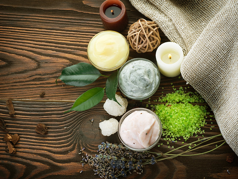 Quali sono i benefici dei cosmetici naturali e biologici